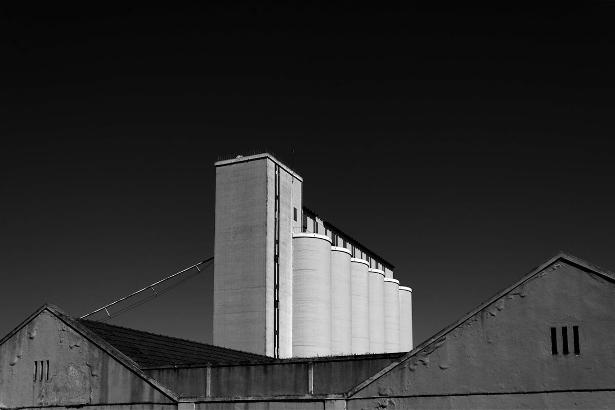 foto industrial de alvaro trabanco blanco y negro